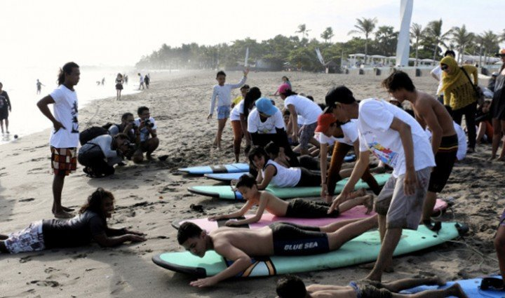 Autism Awareness hits the beaches of Bali