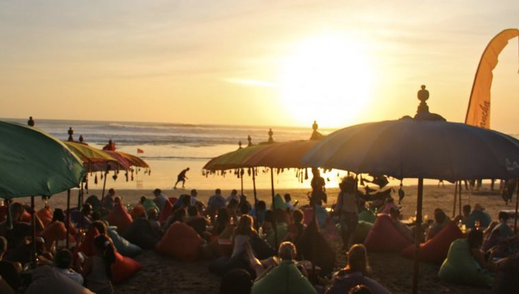 Bali S Best Bars And Clubs To Chill On The Beach