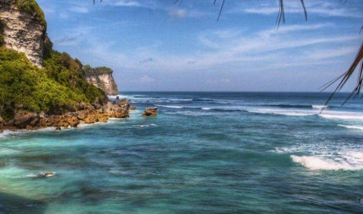 Uluwatu: Bali's breathtaking limestone peninsula