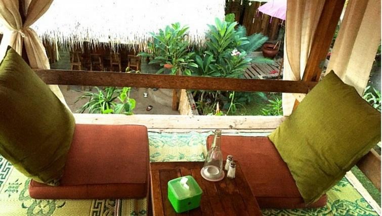The-Yoga-Place-Garden-Cafe