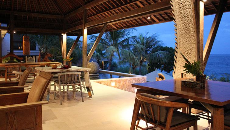 Villa Bukit Segara's living area overlooking the ocean.