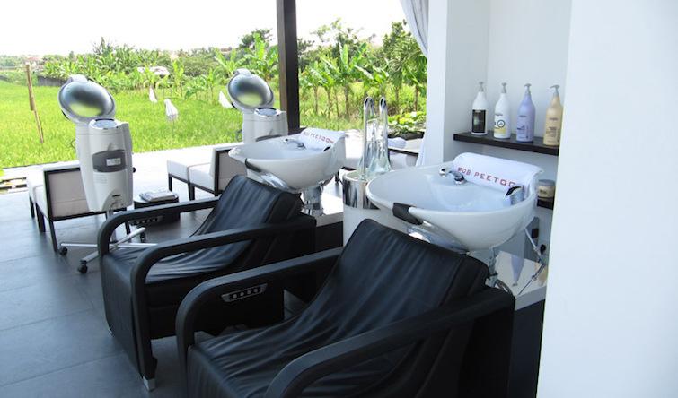 Open air hair spa ritual area