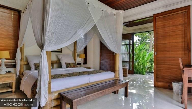 Bamboo furnishings of Villa Yasmin