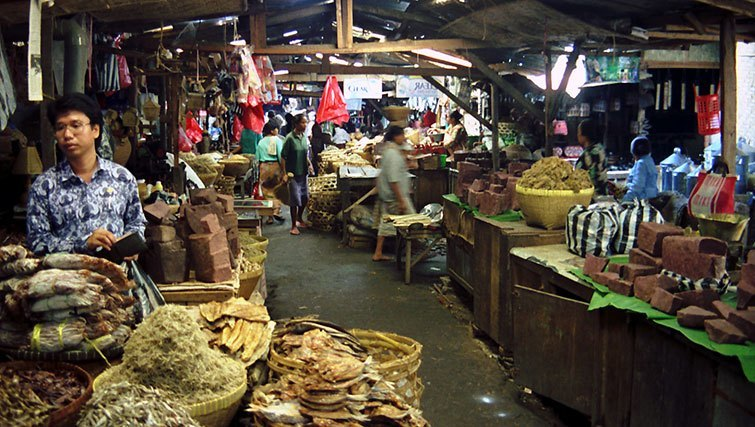 Markets in Lombok.